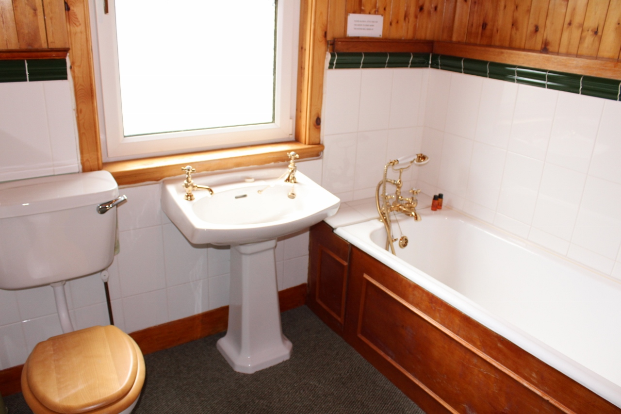 Photograph of Bathroom