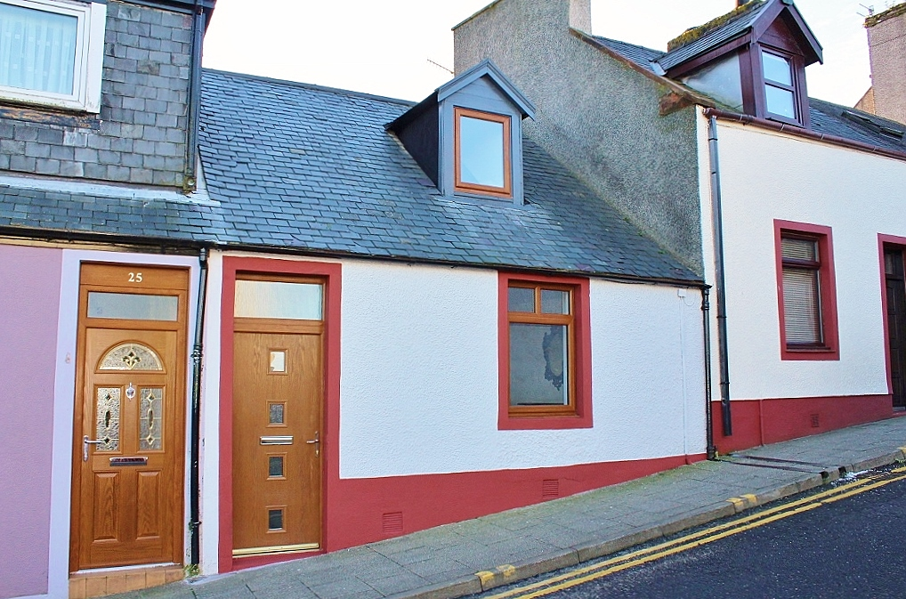 Photograph of 27 High Street, Stranraer