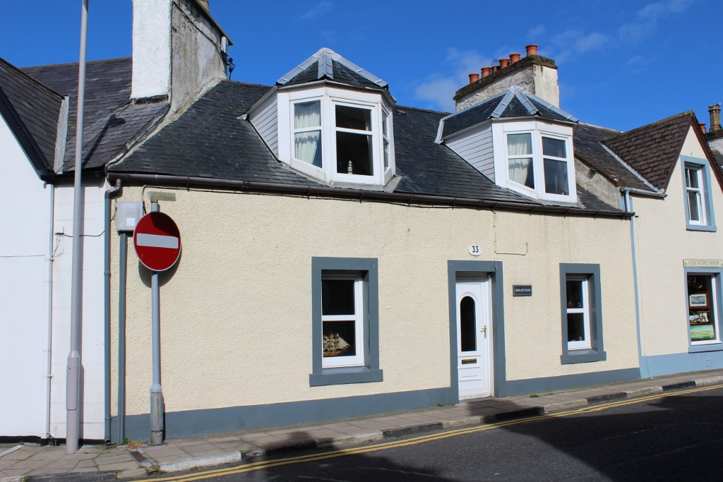 Photograph of 33 Main Street, Portpatrick