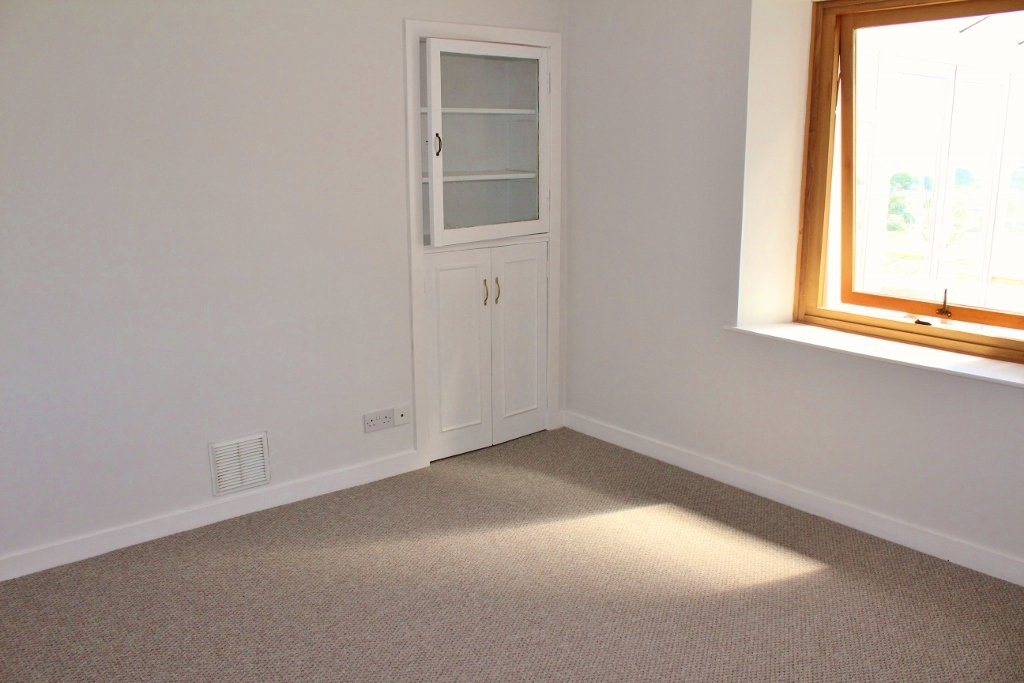 Photograph of Dining Room/3rd Bedroom