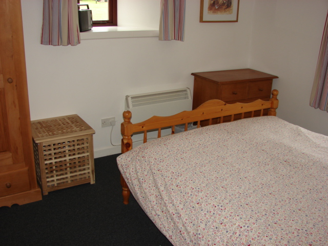 Photograph of Garden Cottage bedroom