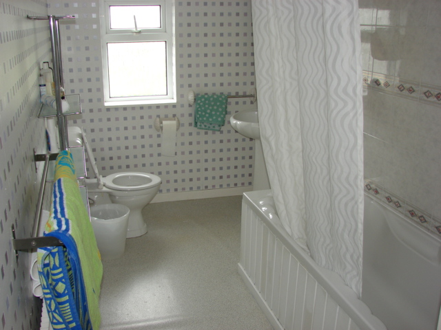 Photograph of Port logan Lodge bathroom