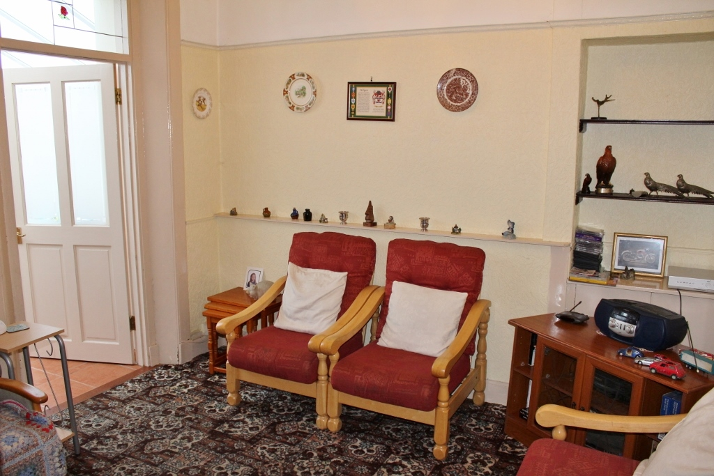 Photograph of Sitting room